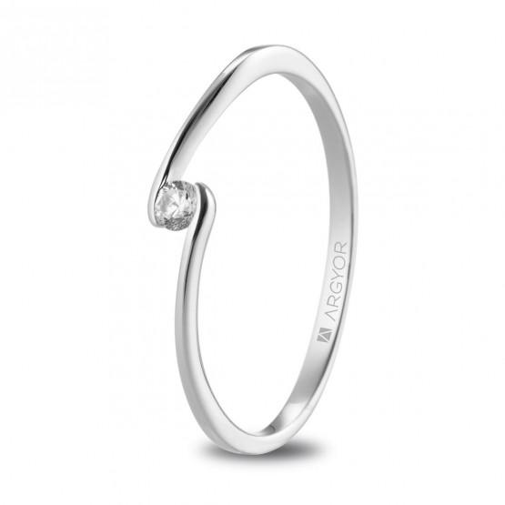 Anillo de platino con diamante de 0.06ct (74B0085)