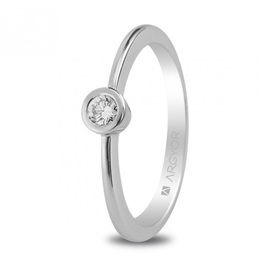 Solitario de oro blanco con diamante 0.10ct (74B0006)