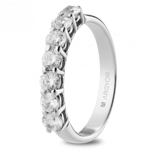 Anillo de Compromiso de platino con 7 diamantes (74B0112)