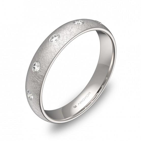 Alianza de 4,0mm en oro blanco hielo con 5 diamantes A0140H5BB