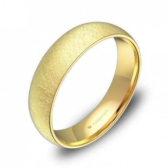 Alianza de boda de 5,0mm en oro amarillo hielo A0150H00A