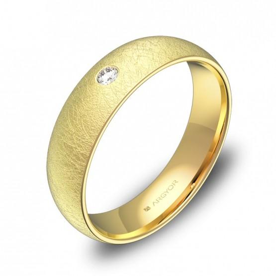 Alianza de media caña 5,0mm en oro amarillo con diamante A0150H1BA