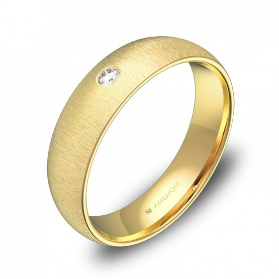 Alianza de boda de 5mm en oro amarillo rayado con diamante A0150T1BA
