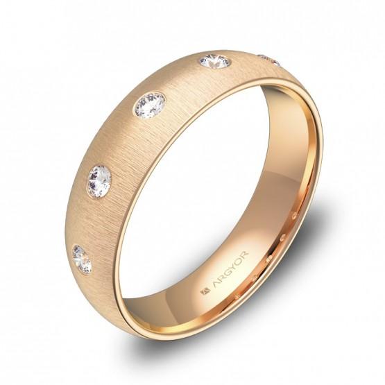 Alianza de oro rosa media caña gruesa con 5 diamantes A0150T5BR