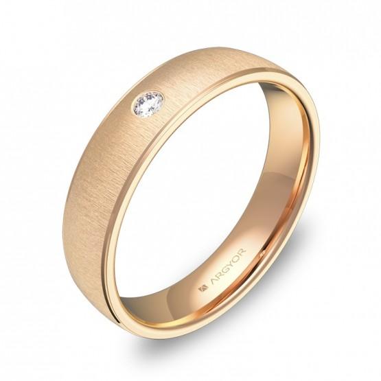 Alianza de boda con biseles 4,5mm en oro rosa con diamante C0645T1BR